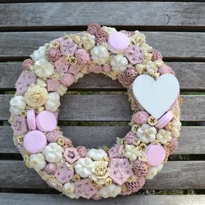 """,,Sweet\"""" kopogtató, Lakberendezés, Otthon & lakás, Ajtódísz, kopogtató, Virágkötés, Ezen kopogtatóval, az igazi rózsaszínkedvelőknek és édességimádóknak szeretnénk kedveskedni, de akár..., Meska"""