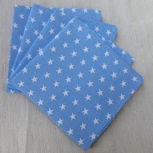 Kék alapon fehér csillagos textilszalvéta , Otthon & Lakás, Konyhafelszerelés, Szalvéta, Varrás, Kék alapon fehér csillagos textilszalvéta.\n\nMérete: 29X29 cm\n\nAz ár 4 darab szalvétára vonatkozik.\nA..., Meska
