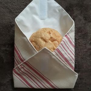 Öko szendvics csomagoló zengővárkonyi szőttesből , NoWaste, Textilek, Varrás, Zengővárkonyi szőttesből készített tépőzáras szendvicscsomagoló szalvéta helyett. Belseje letörölhet..., Meska