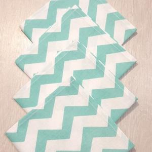 Mentazöld-fehér cikkcakk mintás textilszalvéta , Otthon & Lakás, Konyhafelszerelés, Szalvéta, Varrás, Mentazöld-fehér cikkcakk mintás textilszalvéta \n\nMérete: 27X27 cm\n\nAz ár 4 darab szalvétára vonatkoz..., Meska