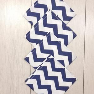 Sötétkék-fehér cikkcakk mintás textilszalvéta , Otthon & Lakás, Konyhafelszerelés, Szalvéta, Varrás, Sötétkék-fehér cikkcakk mintás textilszalvéta \n\nMérete: 27X27 cm\n\nAz ár 4 darab szalvétára vonatkozi..., Meska