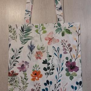 Virágos-leveles vászonszatyor, Táska & Tok, Bevásárlás & Shopper táska, Shopper, textiltáska, szatyor, Virágos-leveles vászonszatyor, megerősített dupla varrással.  A minta elhelyezkedése változhat. Mére..., Meska
