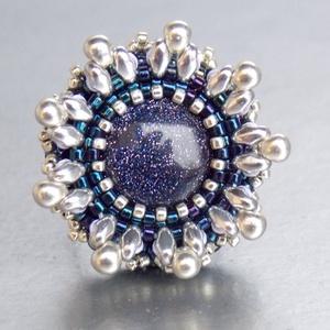 Csillagpor - gyöngy hímzett gyűrű (Muttery) - Meska.hu
