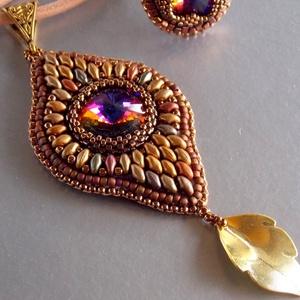 Marrakesch -gyöngy hímzett nyaklánc, Ékszer, Nyaklánc, Táska, Divat & Szépség, Ékszerkészítés, Gyöngyfűzés, gyöngyhímzés, Nagyon elegáns, különleges ,finom forma. A Marrakesch karkötőhöz hasonló technikával készült nyaklán..., Meska