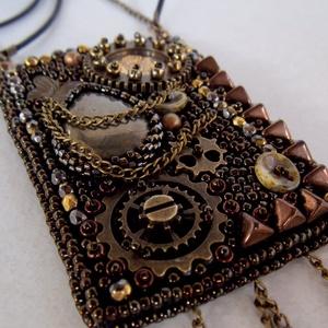 Steampunk -gyöngy hímzett nyaklánc (Muttery) - Meska.hu