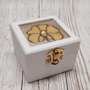Mini vintage ajándék  gyűrűtartó doboz Orchidea, Gyűrűtartó & Gyűrűpárna, Kiegészítők, Esküvő, Üvegművészet, Kézműves termék, mely tökéletes ajándék szeretteinknek, legyen szó bármilyen ünnepélyes alkalomról (..., Meska