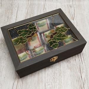 Vadász motívumos díszdoboz, Otthon & Lakás, Dekoráció, Díszdoboz, Üvegművészet,  Azoknak akik kedvelik az erdőt, a vadászatot elkészítettem ezt az egyedi, erdész mintával készült d..., Meska