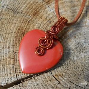 Vörösjáspis szív medál+ajándék, Ékszer, Medálos nyaklánc, Nyaklánc, Ékszerkészítés, Fémmegmunkálás, Meska