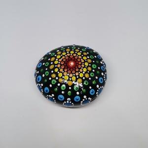 Mandala kő, Otthon & Lakás, Dekoráció, Festett tárgyak, Kézzel készült boldogságot hozó mandala kő. A kő modell gipszből készült, akril festékkel alapozta, ..., Meska