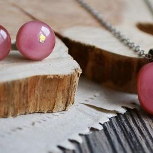 Lazac csillogás nyaklánc és fülbevaló - üveg ékszerszett, Ékszer, Ékszerszett, Ékszerkészítés, Üvegművészet, Gyönyörű élénk, lazac rózsaszín üvegből készült a nyakláncból és bedugós fülbevalóból álló szett, eg..., Meska