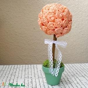 Örökké virágzó rózsafa -  dekoráció barack színben - esküvő, ajándék, születésnap, névnap, Otthon & Lakás, Csokor & Virágdísz, Dekoráció, Egyenként, kézzel készült papírrózsákból álló saját tervezésű dekorációs fa.   Nem létezik belőle ké..., Meska