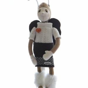 Pillangójelmezes manó - textiljáték, Manó, Plüssállat & Játékfigura, Játék & Gyerek, Baba-és bábkészítés, Varrás, Kb 40 cm, gyapjúfilcből készült figura. Tömőanyaga poliészter, a ruhája pamut, pamutvászon, pamutfon..., Meska