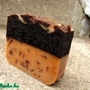 Csokis-mézes kecsketejes kényeztető szappan 150 gr (Nadler) - Meska.hu