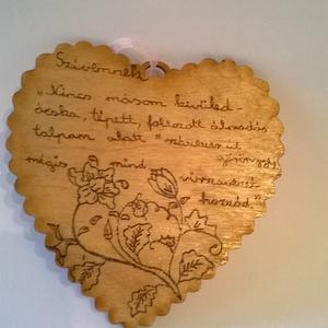 Romantikus faszív Szívemnek tábla, Dekoráció, Otthon & lakás, Lakberendezés, Falikép, Dísz, Famegmunkálás, Gravírozás, pirográfia, Romantikus faszív Szívemnek tábla egy kedves gesztus a számunkra fontosaknak, pirográf technikával \n..., Meska