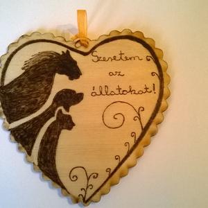 Állatbarát szív kép, Otthon & Lakás, Táblakép, Dekoráció, Állatbarát szív kép egy fára álmodott őszinte rajongás az állatokért, pirográf technikával dekorált,..., Meska