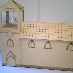 Fa templom, Játék, Gyerek & játék, Baba, babaház, Gravírozás, pirográfia, Famegmunkálás, Fa templom egy egyedi rendelésre készült egy kedves vásárlóm részére.Fa lapokból ragasztással, pirog..., Meska
