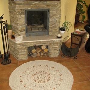 Gyönyörű horgolt szőnyeg, Lakberendezés, Otthon & lakás, Lakástextil, Bútor, Szőnyeg, Horgolás, Gyapjú műszál kevert fonalból horgoltam ezt a 115 cm átmérőjű szőnyeget ami minden lakás dísze lehet..., Meska