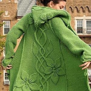 Kapucnis kabát a virágok varázsában, Táska, Divat & Szépség, Ruha, divat, Női ruha, Kabát, Kötés, Most készítettem el egy Kanadai Hölgynek ezt a szépséges kabátot az itt látható kép alapján. De olya..., Meska