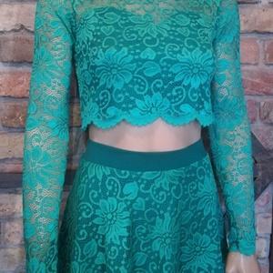 Csipke ruha zöld design, Táska, Divat & Szépség, Női ruha, Ruha, divat, Ruha, Varrás, Zöld csipke felső bővülő szoknyában.\nTrendi -elegáns -nőies.\nGyönyörű rugalmas csipke.\nKellemes lágy..., Meska