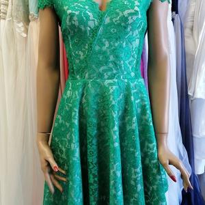 Csipke ruha zöld rugalmas csipkéből , Ruha, Női ruha, Ruha & Divat, Varrás, Csipke ruha.\nTrendi-elegáns-nőies\nGyönyörű rugalmas csipke.Lágy kellemes viselet.Különlegessége hogy..., Meska