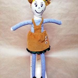 Lizi a Rongybaba, Gyerek & játék, Játék, Baba játék, Baba, babaház, Baba-és bábkészítés, Varrás, Lizi egy tetőtöl talpig kézzel varrott baba akinek textil filcel rajzolt arca van s teste pedig vász..., Meska