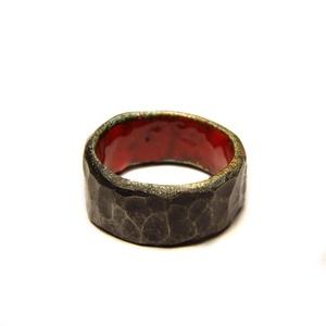 Belső szépség gyűrű, Ékszer, Gyűrű, Kerek gyűrű, Ékszerkészítés, Tűzzománc, Sterling ezüst és tűzzománc gyűrű.\nKívánság szerint a zománc lehet más színű is., Meska