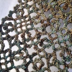 SMARAGD sál, Esküvő, Táska, Divat & Szépség, Horgolás, 100% merinó gyapjúból horgolt sál / gallér indás, pikós motívumokkal. Jellemző színe a smaragdszöld,..., Meska