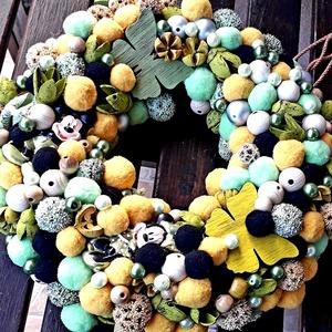 Bujócska mese kopogtató, Játék & Gyerek, Babalátogató ajándékcsomag, Virágkötés, Kerámia, Zöld, sárga, beige termések, szárazvirágok, Mickey egér mintázatú kerámia díszek, ezüst szìnű üveggy..., Meska