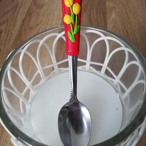 Tulipános kanál , Egyéb, Gyurma, Ékszergyurmával bevont tulipán mintás kanál. Mindennapi használatra alkalmas. \nKézi mosogatásra aján..., Meska