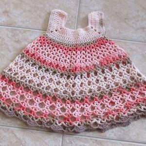 """Rózsaszínes-drappos holgolt kislány ruha, Ruha, Babaruha & Gyerekruha, Ruha & Divat, Horgolás, Magas pamut tartalmú fonalból horgoltam ezt  \""""pörgős\"""" ruhát.\nMellbősége 42 cm, hossza 42 cm., Meska"""