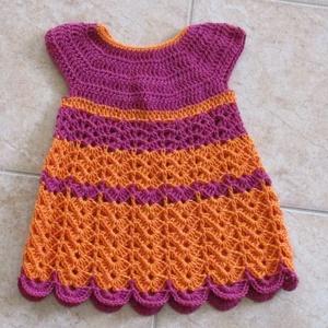 Narancs mályva horgolt kislány ruha, Táska, Divat & Szépség, Ruha, divat, Gyerekruha, Baba (0-1év), Gyerek (1-10 év), Horgolás, Különleges fonalból horgoltam ezt a kislány ruhát.\nMellbősége 52 cm, hossza 47 cm., Meska