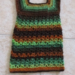 Őszi színű horgolt kislány ruha, Ruha, Babaruha & Gyerekruha, Ruha & Divat, Horgolás, Különleges fonalból készítettem ezt a kislány ruhát.\nMellbősége 50 cm, hossza 52 cm., Meska