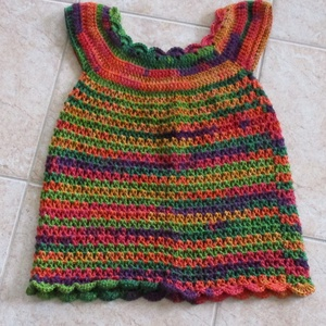 Zöld-narancs-piros horgolt kislány ruha, Ruha, Babaruha & Gyerekruha, Ruha & Divat, Horgolás, Különlegesen szép fonalból horgoltam ezt a meleg színvilágú kislány ruhát.\nMellbősége körméret 60 cm..., Meska