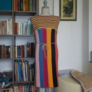 Vidám nyári horgolt pamut ruha, Ruha, Női ruha, Ruha & Divat, Horgolás, Pamut anyagból horgoltam ezt a színes ruhát.\nMellbősége 90 cm, hossza 100 cm., Meska