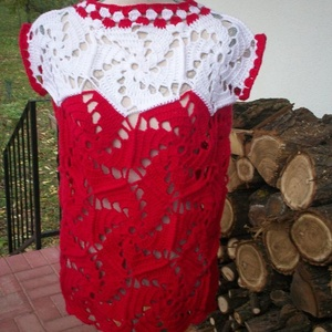Piros-fekér hatszöges női felsőrész, Póló, felső, Női ruha, Ruha & Divat, Horgolás, Mutatós, meleg mellényt horgoltam nagy méretben.\nMellbőség 100-110 cm, hossza 70 cm., Meska