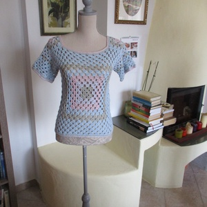 Horgolt pamut női blúz, Blúz, Női ruha, Ruha & Divat, Horgolás, Pamut fonalból készült ez a pasztell színű csinos női felsőrész. A hátán is mintás, mint elöl, csak ..., Meska