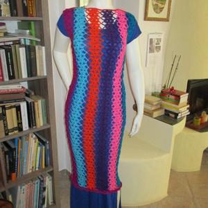 Csíkos-virágos hosszú horgolt ruha, Ruha, Női ruha, Ruha & Divat, Horgolás, Színes sorokból építettem fel ezt a horgolt ruhát. Elején és hátulján nem teljesen azonos a színezés..., Meska