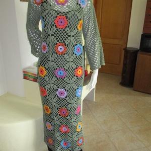 Virágos horgolt női ruha, Ruha, Női ruha, Ruha & Divat, Horgolás, kellemes pamut tartalmú fonalból készítettem ezt a virágos zöld ruhát.\nMérete M-L, hossza 140 cm...., Meska