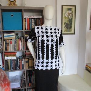 Fekete-fehér alkalmi női felsőrész, Ruha & Divat, Női ruha, Blúz, Horgolás, Kellemesen csillanó fonalból horgoltam ezt a különleges mintájú női blúzt.\nMérete L, hossza 65 cm...., Meska