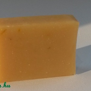 Körömvirág   Kecsketej   Shea szappan, Szépség(ápolás), Táska, Divat & Szépség, Krém, szappan, dezodor, Kecsketejes szappan, Növényi alapanyagú szappan, Szappankészítés, Érzékeny bőrre, kisgyermekek részére is!\n\nKörömvirág olajos kivonata: gyulladás csökkentő, segíti a ..., Meska