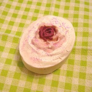 Rózsa szappan , érzékeny bőrre - Meska.hu