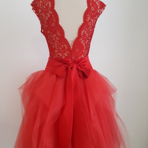 Lamor menyecske ruha, Menyecske ruha, Ruha, Esküvő, Varrás, Piros elasztikus csipkeanyagból készült body + piros tüllszoknyával. 38 méret. A szoknya derekat kie..., Meska