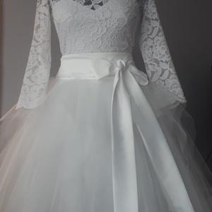 Rövid menyasszony ruha, Esküvő, Ruha, Menyasszonyi ruha, Varrás, Csipke body tüllszoknyával, Meska