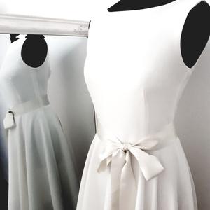 Ele  menyasszonyi ruha, Esküvő, Menyasszonyi ruha, Táska, Divat & Szépség, Ruha, divat, Női ruha, Varrás, Egyszerű, letisztult, különleges szabású ruha. Méretre készül. Hátul v kivágású , húzózárral záródik..., Meska