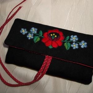 Kézzel hímzett ékszertartó kalocsai mintával (NBibi) - Meska.hu