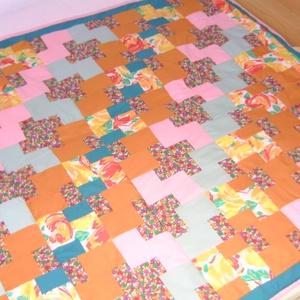 Vidám nyári színekben patchwork ágytakaró - LEÁRAZTAM!!, Otthon & Lakás, Takaró, Lakástextil, Patchwork, foltvarrás, Meska