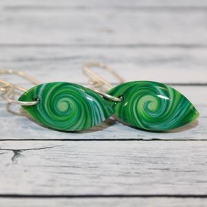 Mini zöld fülbevaló (NeferDesign) - Meska.hu