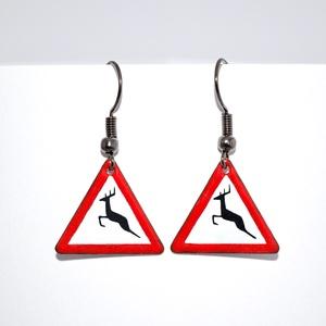 Vigyázat szarvas!, Ékszer, Fülbevaló, Tűzzománc, Tűzzománc fülbevaló, 1,8cm oldalú háromszög forma., Meska