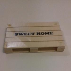 Fa mini raklap lemosható fóliával, felirattal Méret: 12 x 8 x 1,7, Otthon & Lakás, Konyhafelszerelés, Tányér- és poháralátét, Famegmunkálás, Meska
