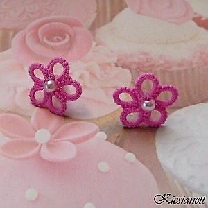 Hajócsipke fülbevaló, csipke ékszer, rózsaszín bedugós fülbevaló, gyöngyös kiegészítő (Nettcsipke) - Meska.hu